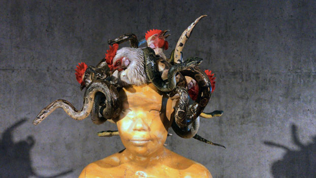 In mostra al TAM: Koen Vanmechelen, Medusa (2017), scultura in marmo - Photo: MaSeDomani
